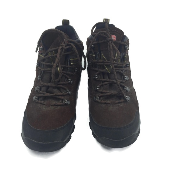 6a973257885 Wenger Swiss Army Hiking Boots